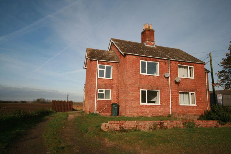 3 Bedrooms Semi Detached House for rent in Revesby Bank, Boston
