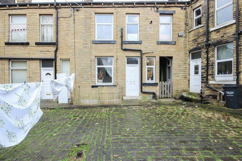 1 Bedroom House for sale in Beech Street, Elland