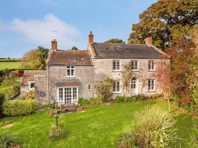 6 Bedrooms Country House Character Property for sale in Between Glastonbury Castle Cary