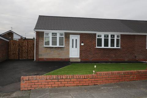 2 bedroom semi-detached bungalow to rent - 3 Hutton Avenue, Worsley