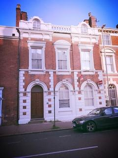 2 bedroom apartment to rent - Stunning 2 Bedroom Apartment Located on Wolverhampton Street, Dudley, DY1 1DU