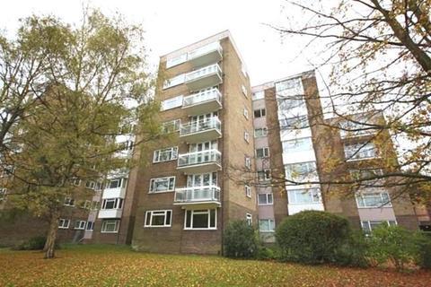 2 bedroom apartment to rent - Park Manor, London Road, Brighton BN1 6YP