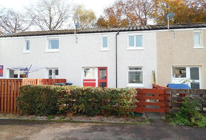 2 Bedrooms Terraced House for sale in 13 Blakehope Court, Tweedbank, TD1 3RB