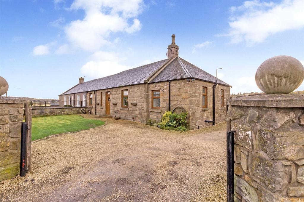 2 Bedrooms Semi Detached Bungalow for sale in 2 Plean Farm Cottages, Plean, By Stirling, FK7