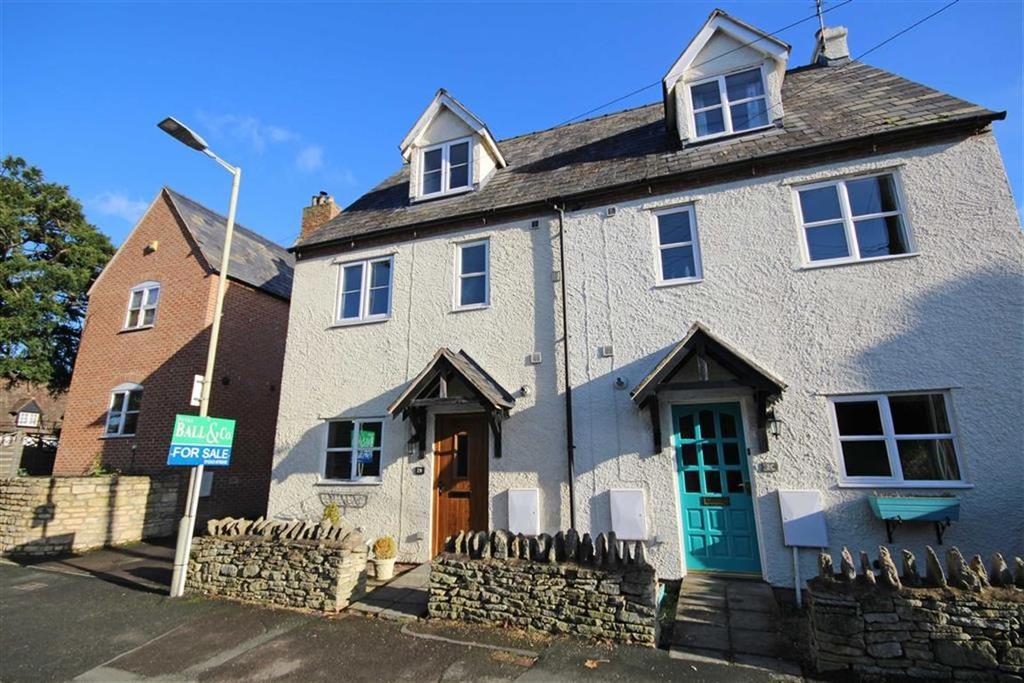 3 Bedrooms Semi Detached House for sale in School Road, Bishops Cleeve, Cheltenham, GL52