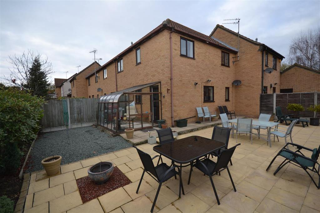 2 Bedrooms House for sale in Coburg Place, South Woodham Ferrers, South Woodham Ferrers