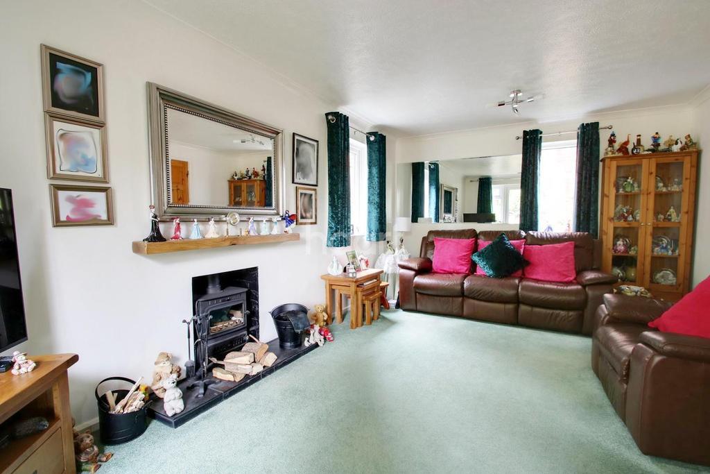 4 Bedrooms Detached House for sale in Locksley Close , Walderslade Woods