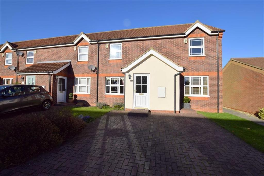2 Bedrooms Terraced House for sale in Swales Road, Humberston, North East Lincolnshire