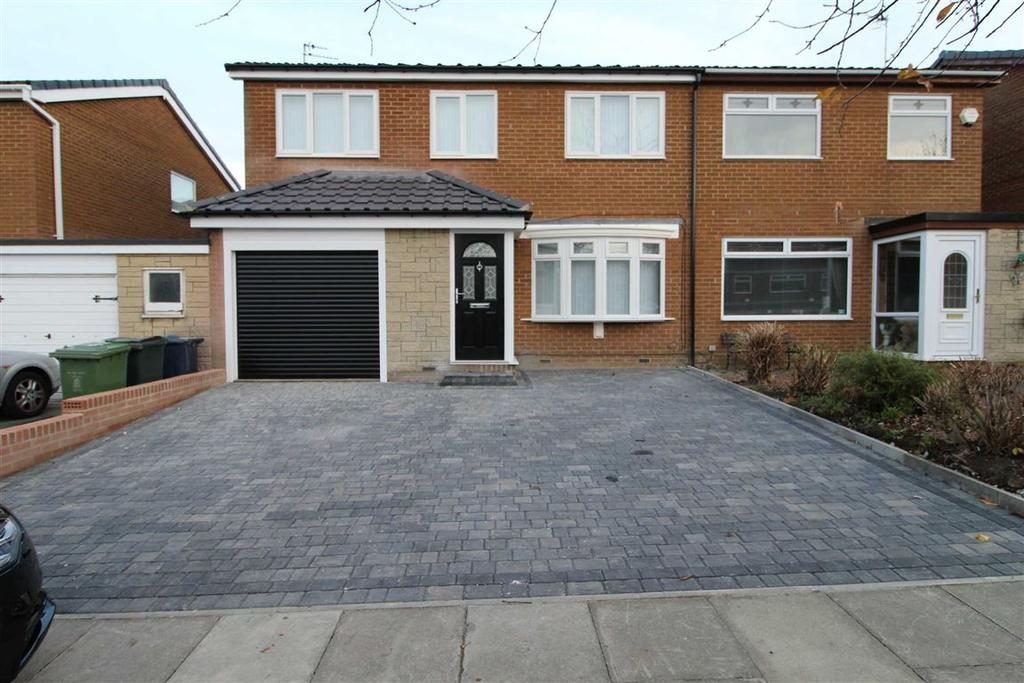4 Bedrooms Semi Detached House for sale in Thornhaugh Avenue, Whickham, Newcastle Upon Tyne
