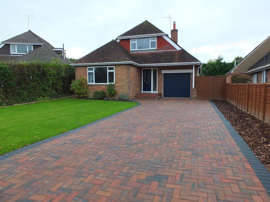 3 Bedrooms House for sale in Cripland Close, Lindfield, RH16