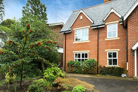 2 bedroom semi-detached house to rent - Church Way, Iffley