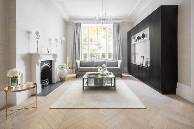 3 Bedrooms Flat for sale in Kensington Gardens Square, London, W2