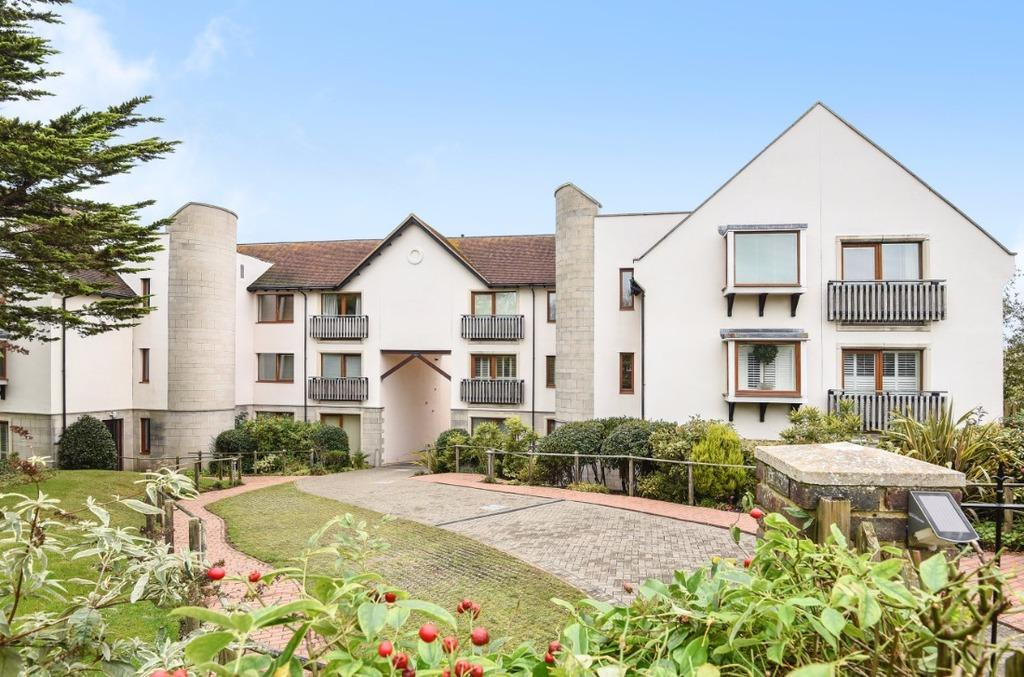 2 Bedrooms Flat for sale in Bazehill Road Rottingdean East Sussex BN2