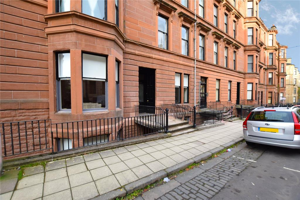 3 Bedrooms Apartment Flat for sale in Main Door, Kersland Street, Hillhead, Glasgow