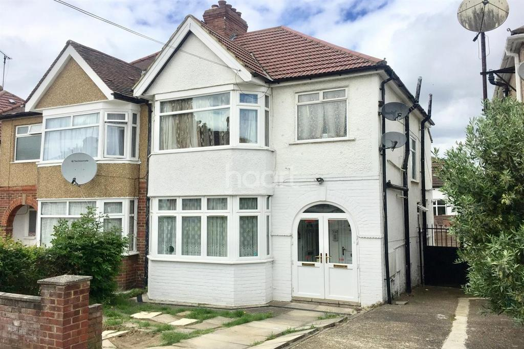 1 Bedroom Flat for sale in Grove Crescent, London, NW9