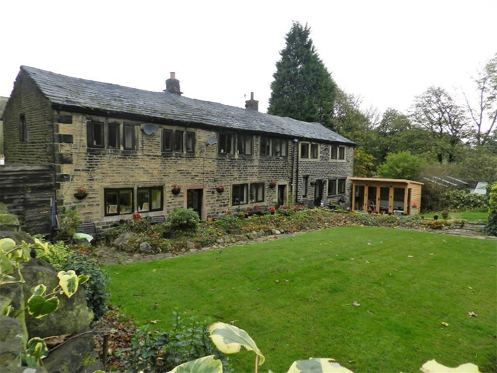 6 Bedrooms Detached House for sale in West Slaithwaite Road, Slaithwaite, Huddersfield, HD7