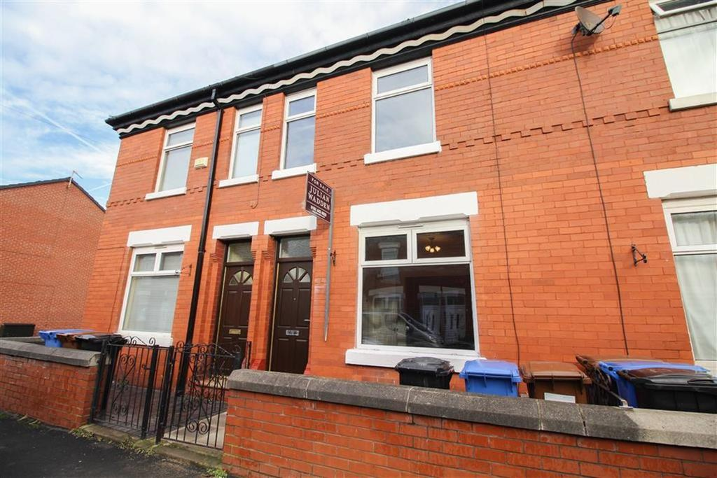 2 Bedrooms Terraced House for sale in Luton Road, Reddish, Stockport