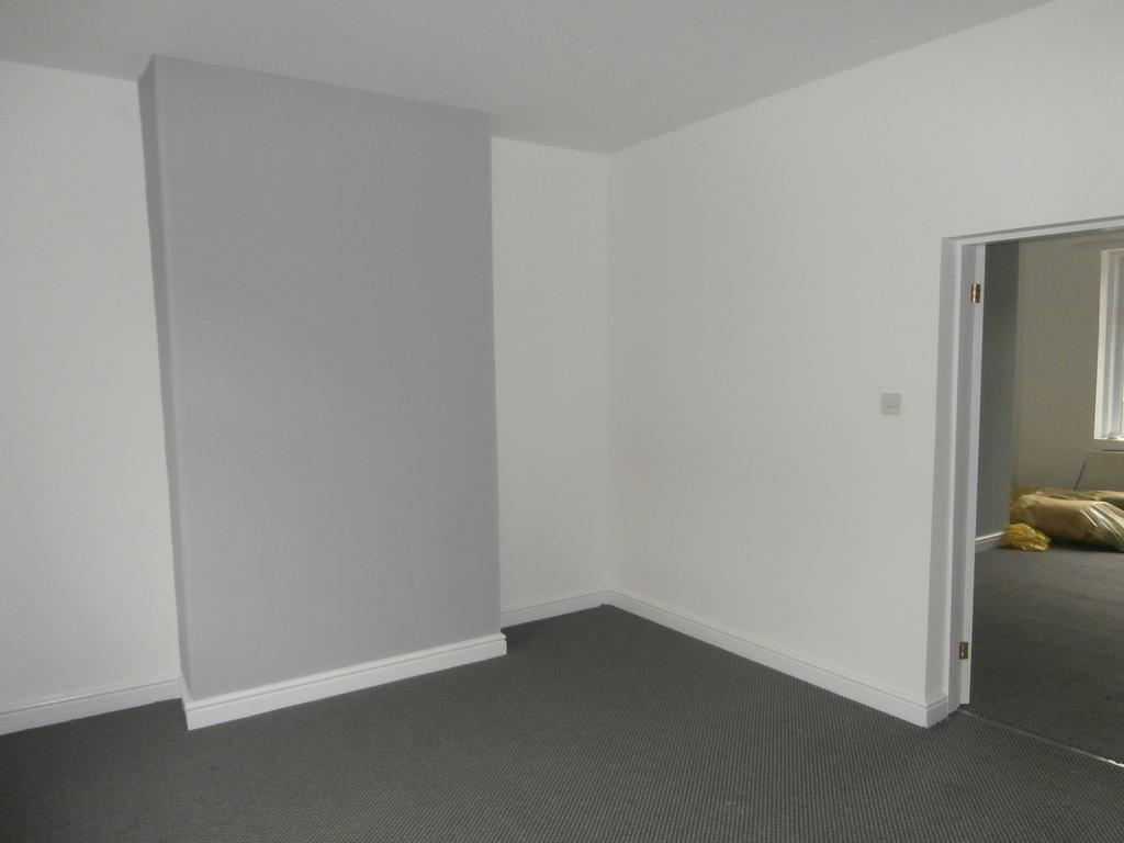 2 Bedrooms Terraced House for rent in CHOPWELL, NEWCASTLE UPON TYNE NE17
