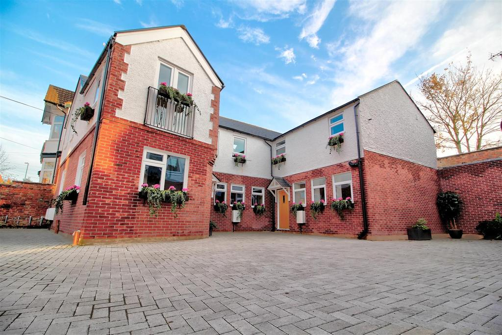 3 Bedrooms Mews House for sale in Spencer Mews, Spencer Avenue, Earlsdon, Coventry