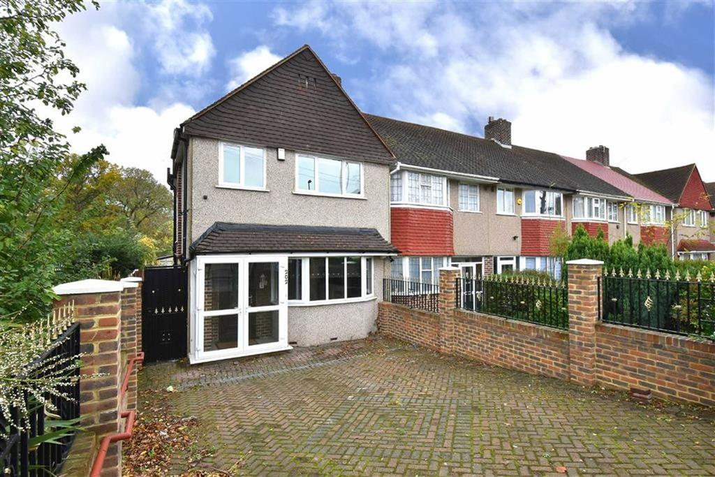 3 Bedrooms End Of Terrace House for sale in Whitefoot Lane, Bromley, Kent