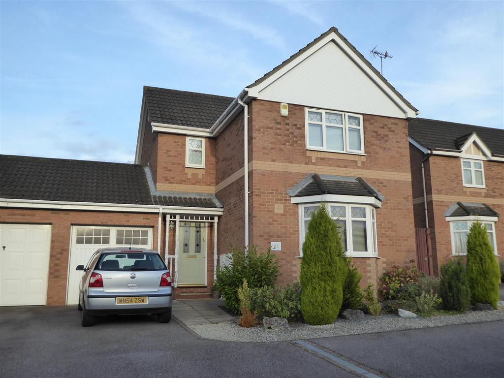 3 Bedrooms Detached House for sale in Thurston Drive, Kettering