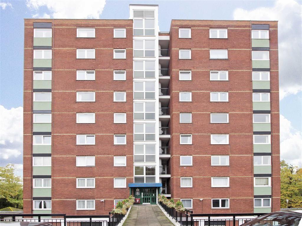 1 Bedroom Flat for sale in Porchester Mead, Beckenham, Kent