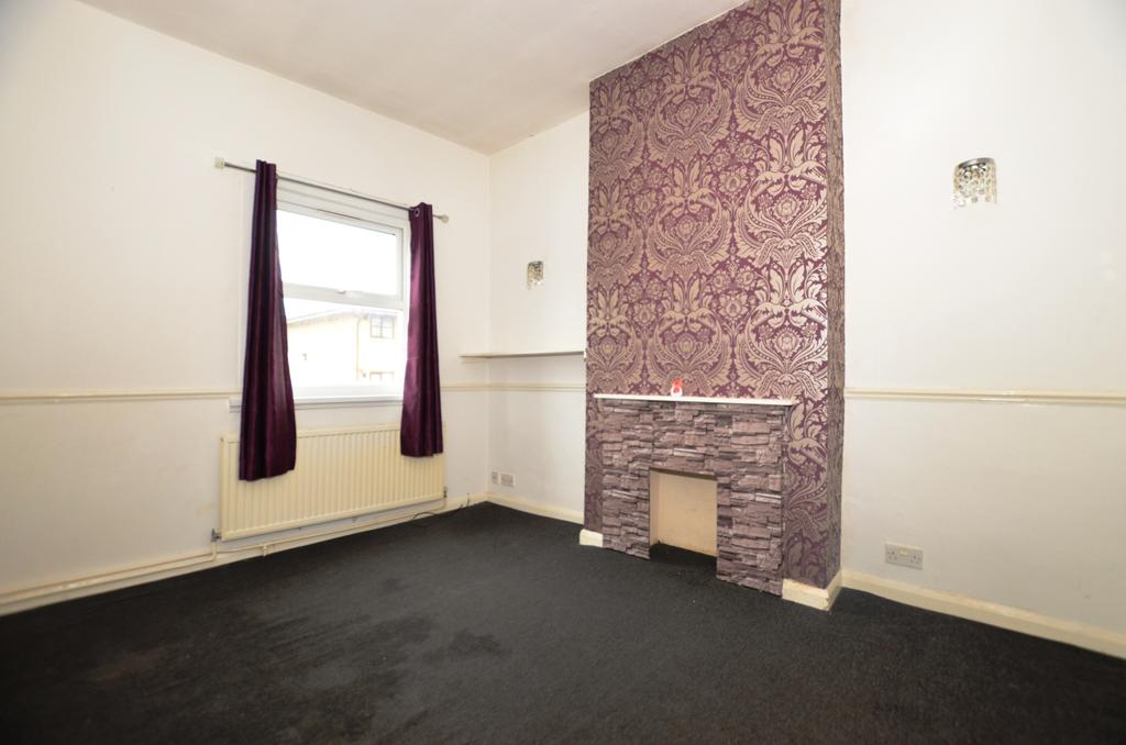 2 Bedrooms Flat for sale in Wastdale Road London SE23