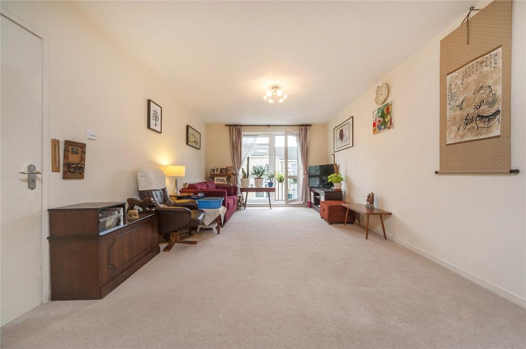 2 Bedrooms Flat for sale in Chester Close South, London