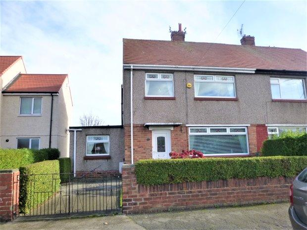 3 Bedrooms Semi Detached House for sale in EVESHAM ROAD, SEAHAM, SUNDERLAND SOUTH