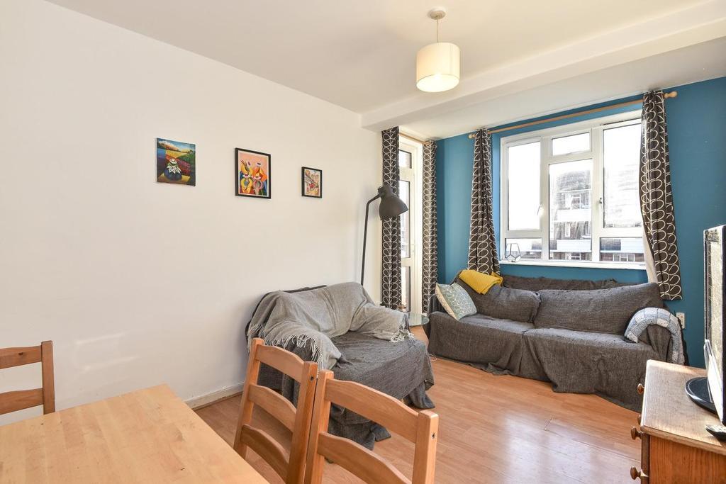 3 Bedrooms Flat for sale in Vauxhall Street, Kennington