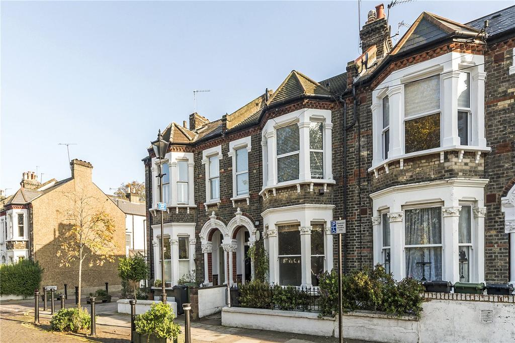 2 Bedrooms Flat for sale in Holmewood Gardens, London, SW2