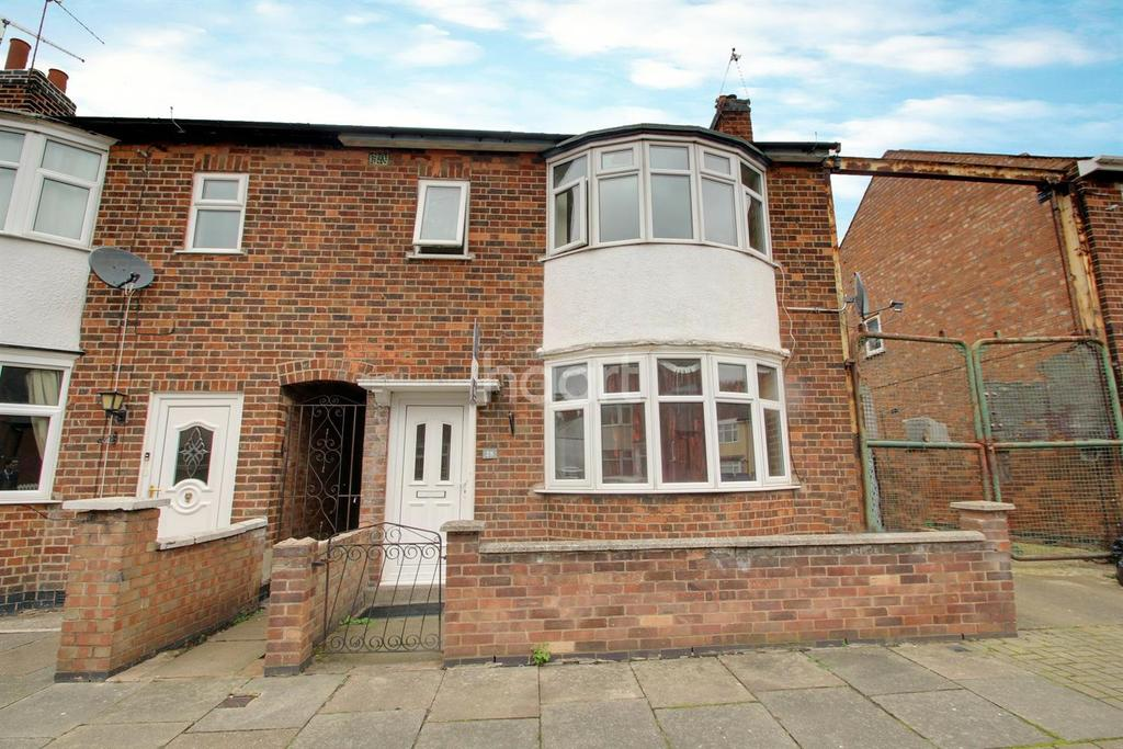 3 Bedrooms End Of Terrace House for sale in Dunbar Road, Leicester