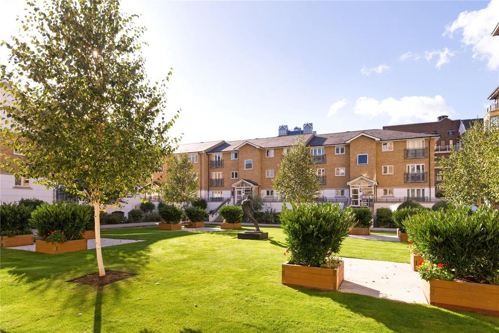 2 Bedrooms Flat for sale in Price's Court, Cotton Row, Battersea, London, SW11