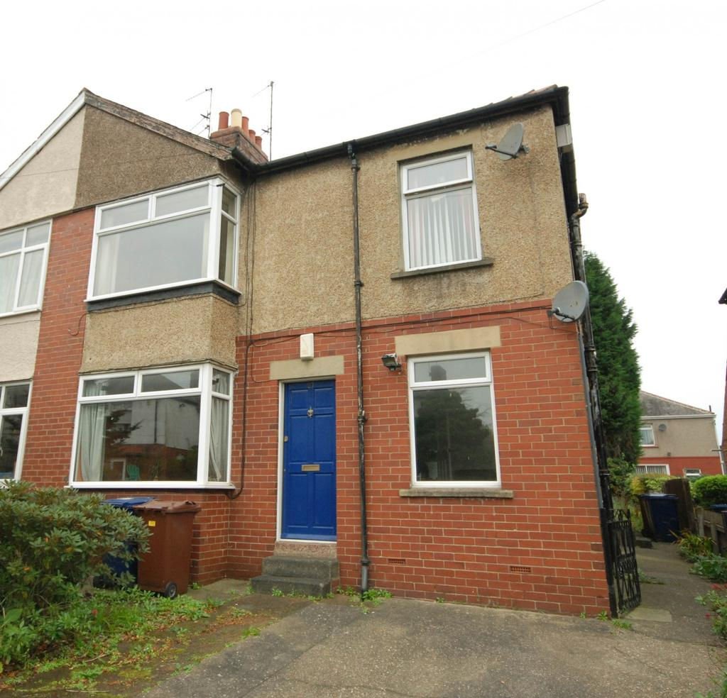 2 Bedrooms Flat for sale in Fallowfield Ave, Newcastle Upon Tyne