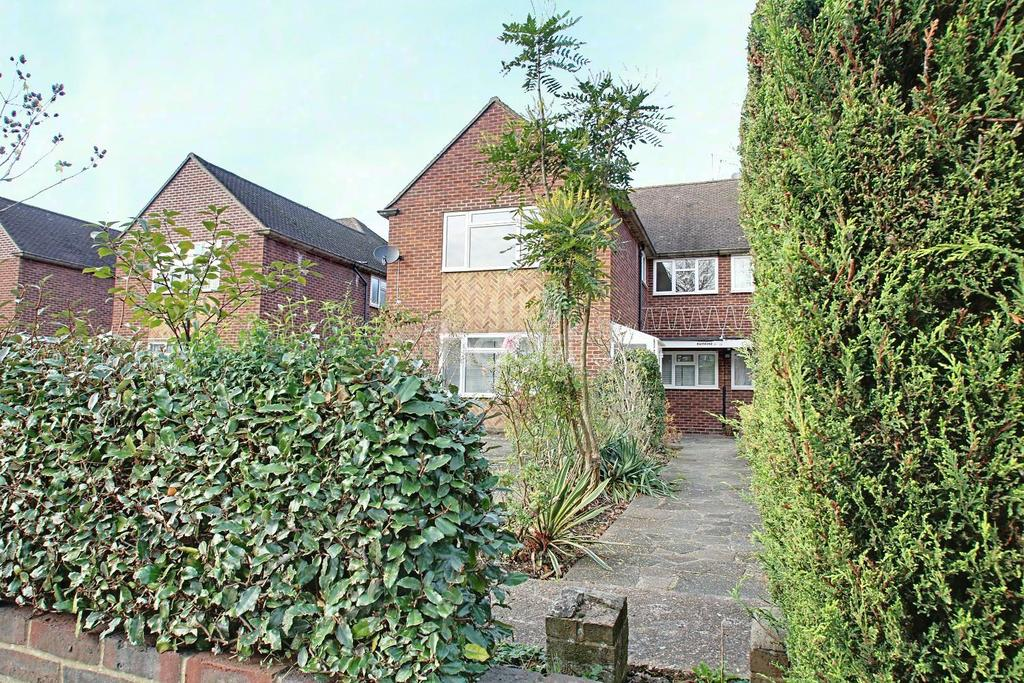 2 Bedrooms Maisonette Flat for sale in Mulgrave Road, Sutton, SM2