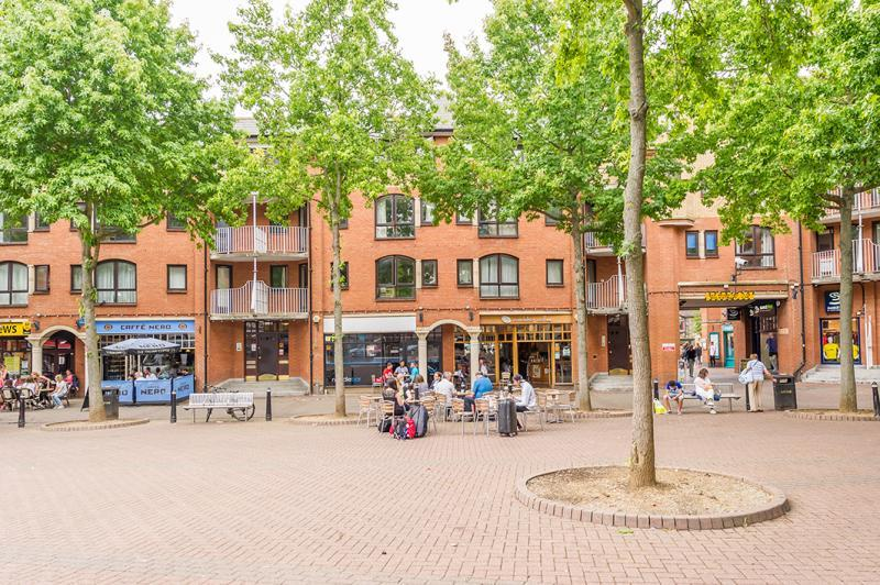 1 Bedroom Apartment Flat for sale in The Heyes, Gloucester Green, Oxford, Oxfordshire