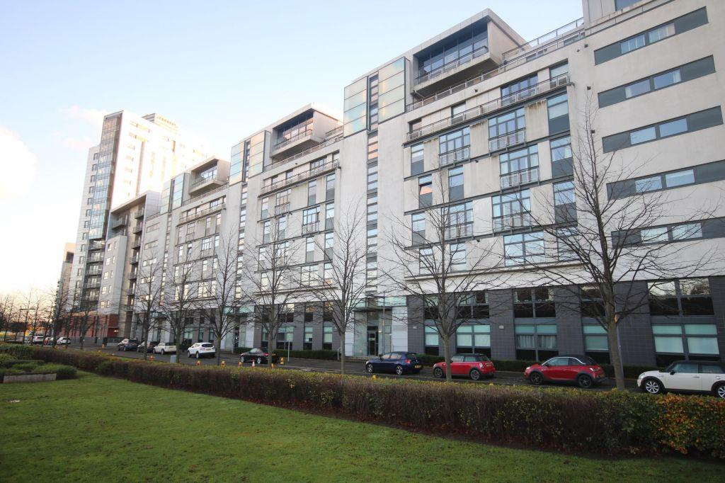 2 Bedrooms Flat for sale in 2/1, 341 Glasgow Harbour Terraces, Glasgow Harbour, Glasgow, G11 6BH