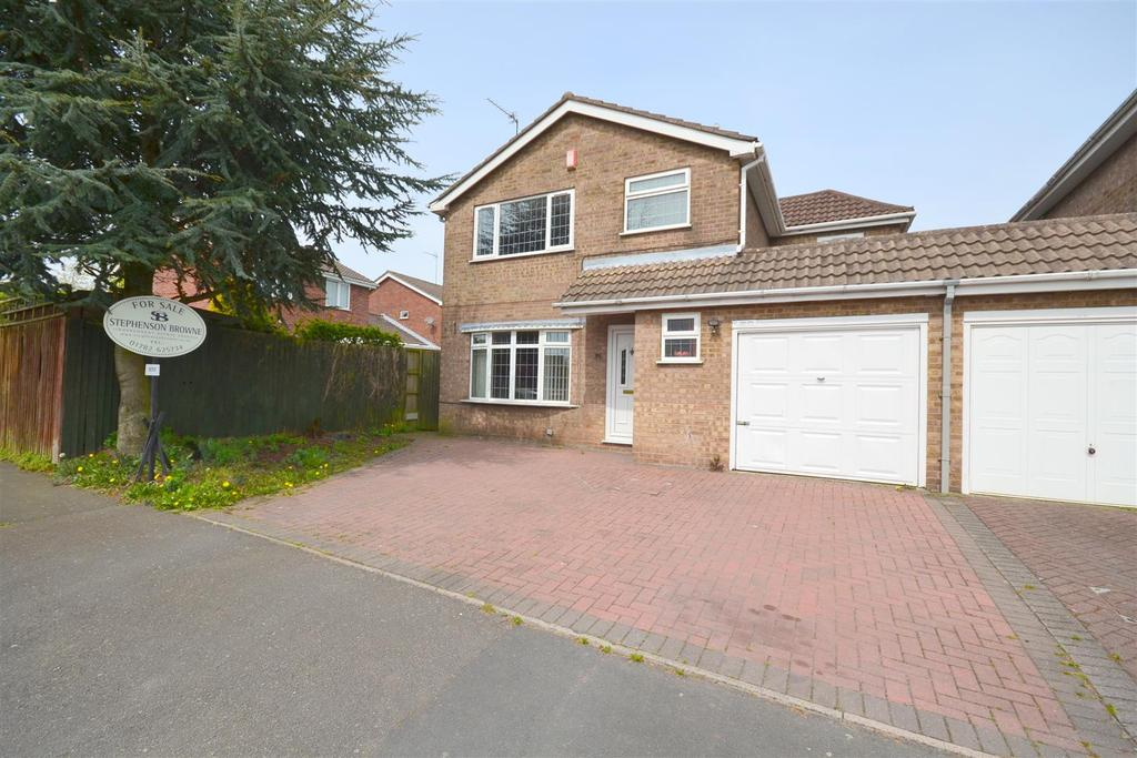 4 Bedrooms Detached House for sale in Pilsden Place, Meir Park, Stoke-On-Trent