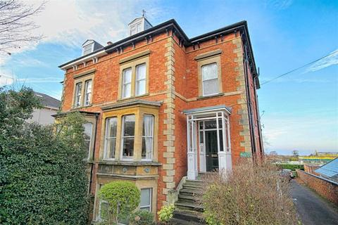 1 bedroom flat for sale - Christchurch Road, Christchurch, Cheltenham, GL50