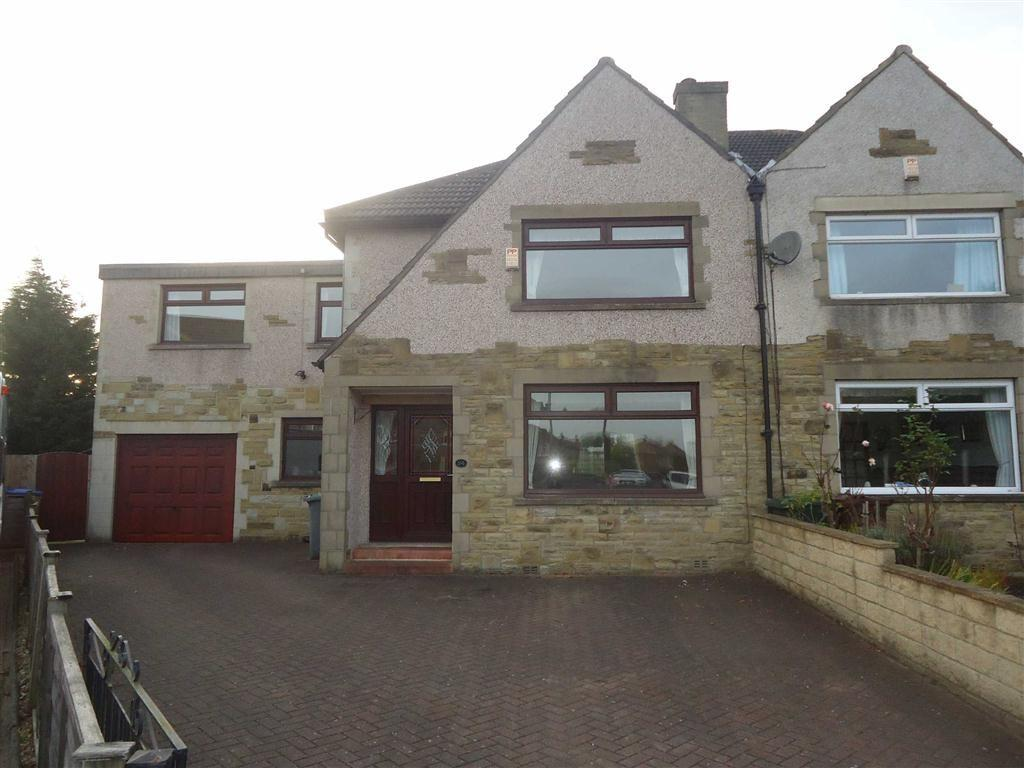 5 Bedrooms Semi Detached House for sale in Farringdon Grove, Bradford, West Yorkshire, BD6