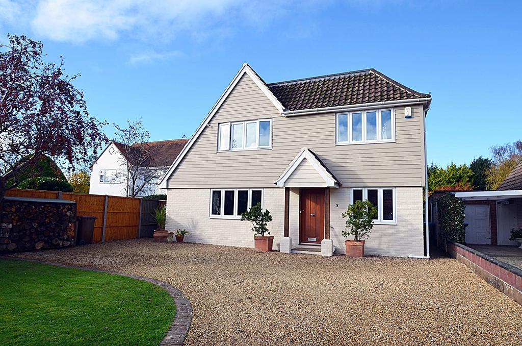 5 Bedrooms Detached House for sale in Willow Way, Aldwick Bay Estate, Aldwick PO21