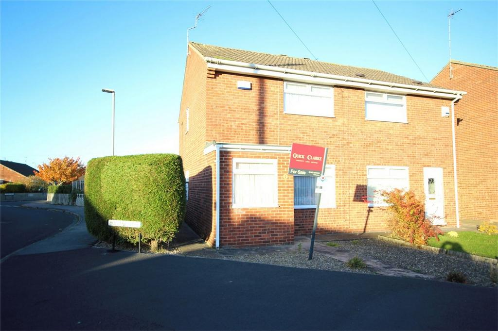 2 Bedrooms Semi Detached House for sale in Hoylake Close, Cottingham, East Riding of Yorkshire