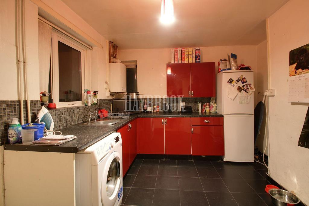 3 Bedrooms Semi Detached House for sale in Worrall Road, High Green