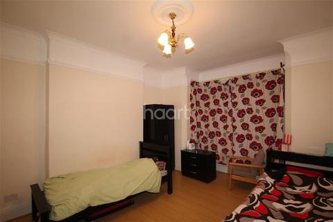 1 bedroom house share to rent - Bearwood Road