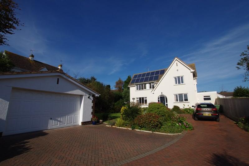 4 Bedrooms Detached House for sale in Southdowns Road, Dawlish