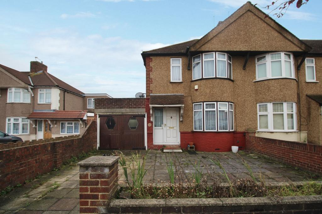 3 Bedrooms End Of Terrace House for sale in Northumberland Avenue Welling DA16