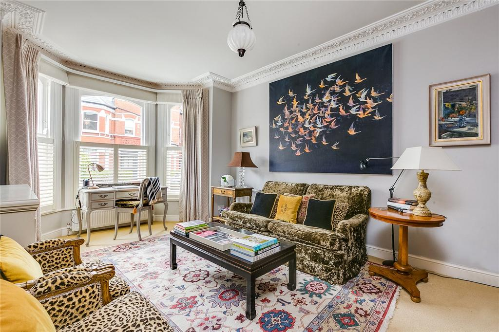 2 Bedrooms Flat for sale in Lavender Gardens, London