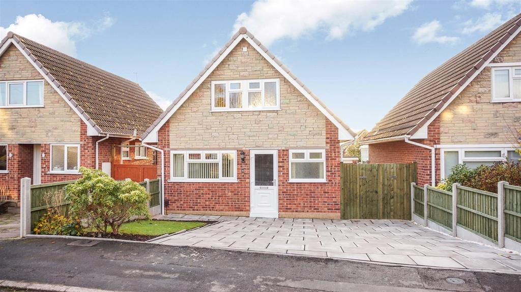 3 Bedrooms Detached House for sale in The Covert, Clayton, Newcastle, Staffs