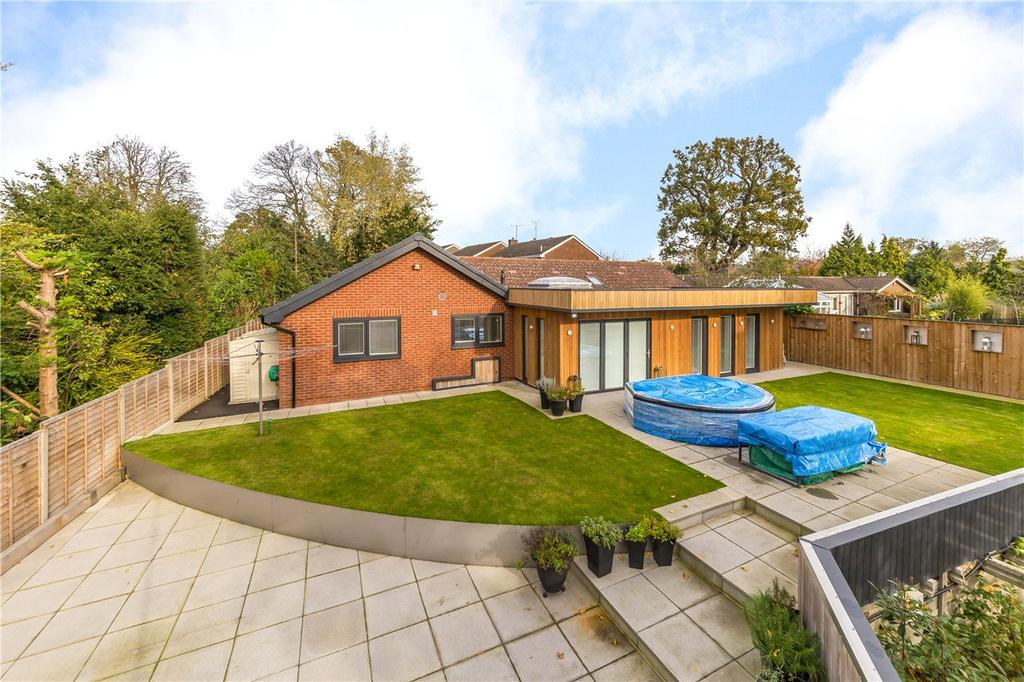 4 Bedrooms Detached Bungalow for sale in Roman Way, Welwyn, Hertfordshire