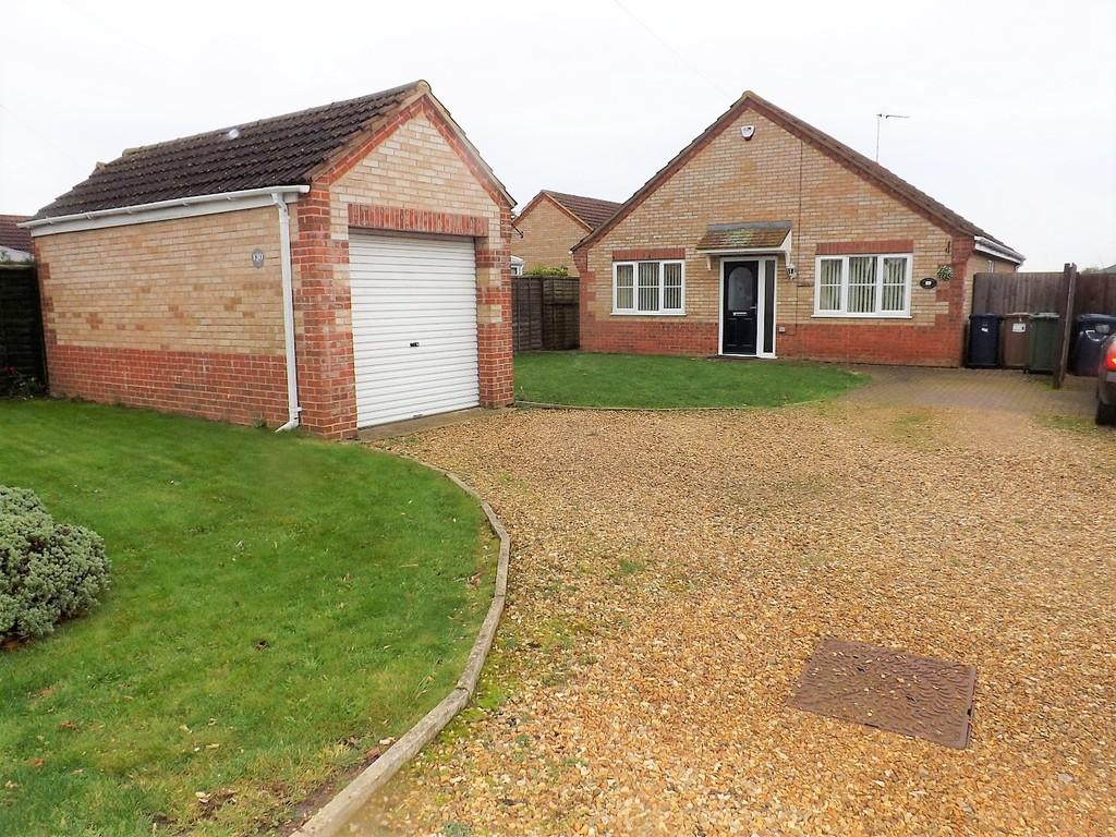 3 Bedrooms Detached Bungalow for sale in Front Road, Murrow, Wisbech
